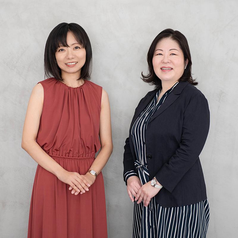 田中るみと佐々木舞香の写真