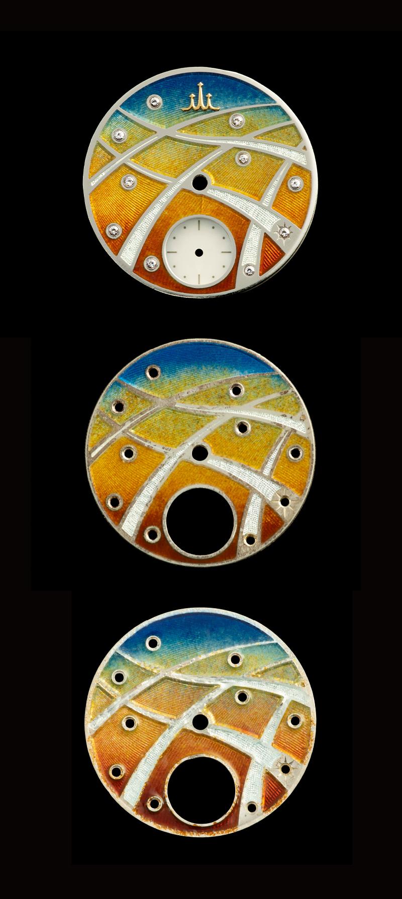 サンプルとして作られたエナメルダイヤル3つの写真